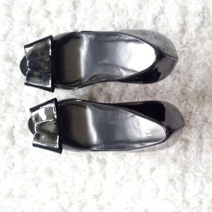 Stuart Weitzman Shoes - Authentic Stuart Weitzman  Bowright Peep-Toe